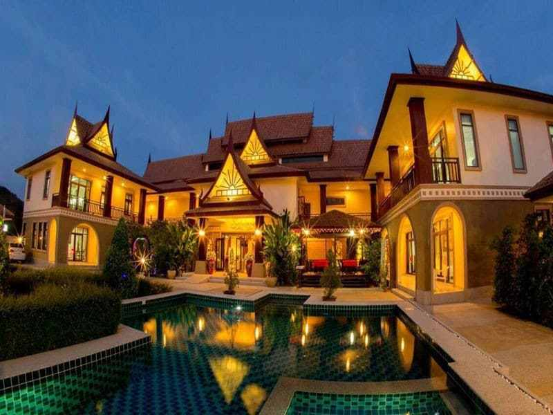 Huge Hua Hin villa for sale pool 2