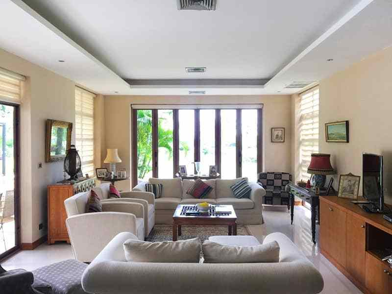 Luxury Home with swimming pool for sale Hua Hin Lounge