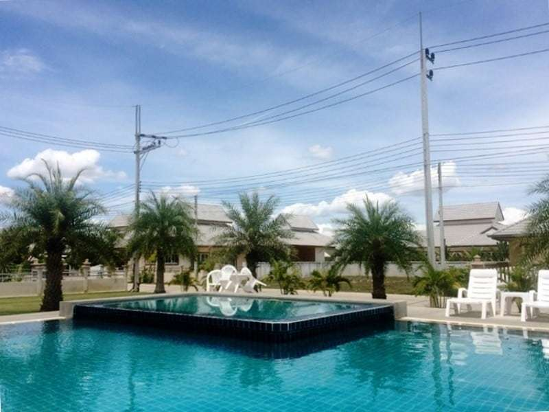 Low priced Hua Hin property for sale comunal jacuzzi