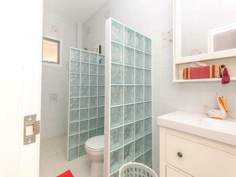 Reduced 4 bed home for sale Hua Hin - bathroom