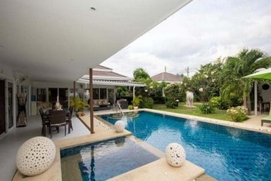 Hua Hin town centre pool villa for sale veranda