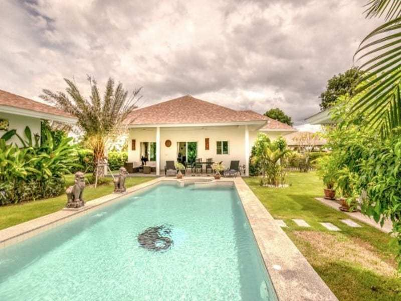 Modern villa with pool for sale pool