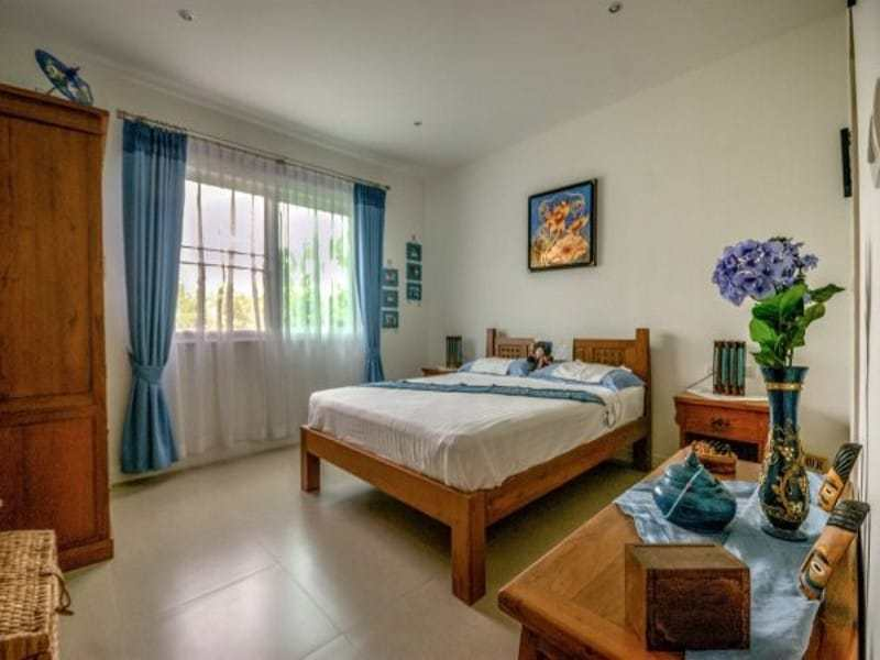 Modern villa with pool for sale guest room