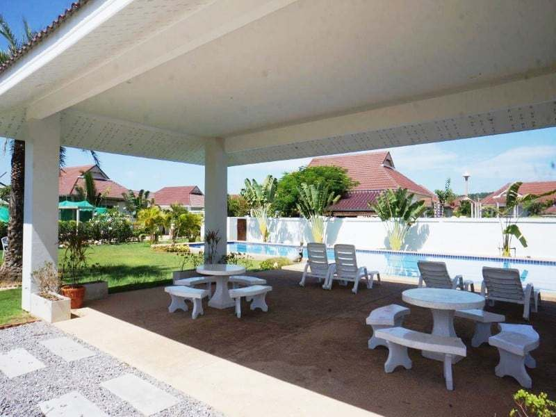 Private pool property for sale Hua Hin communal area