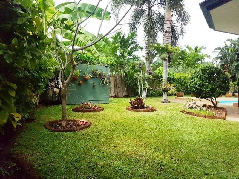 Mature Hua Hin house for sale garden view