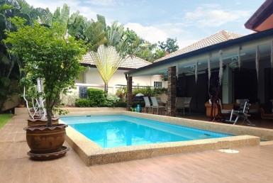 Mature Hua Hin house for sale pool