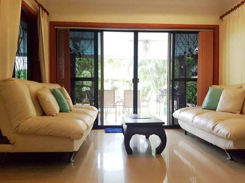 Mature Hua Hin house for sale lounge 2