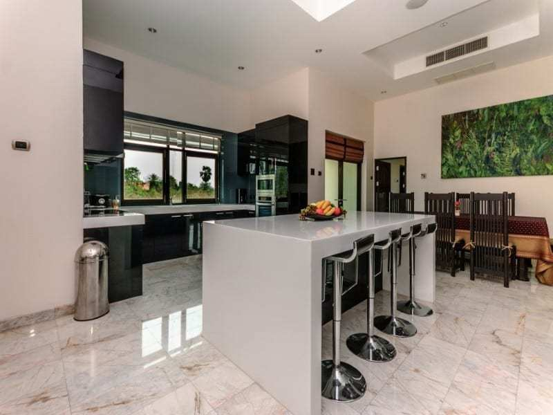 Home for sale next to Black Mountain Golf breakfast bar