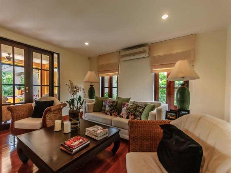 Luxury Hua Hin residential home for sale lounge