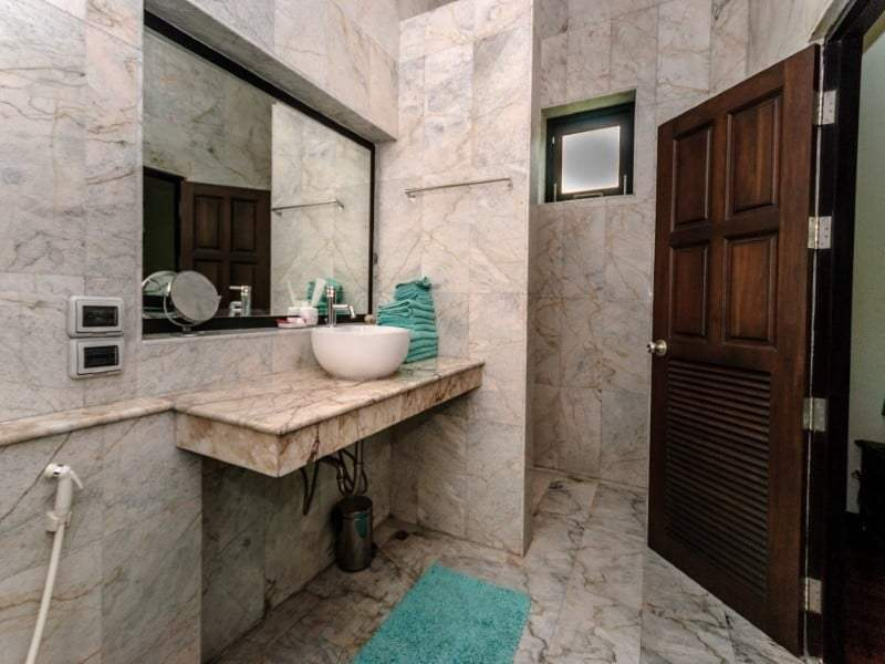 Home for sale next to Black Mountain Golf en suite