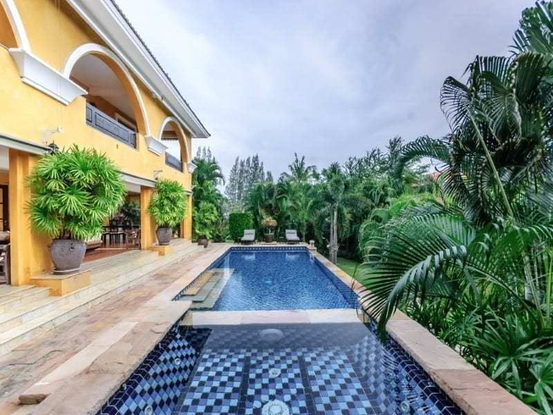 Luxury Hua Hin residential home for sale jacuzzi