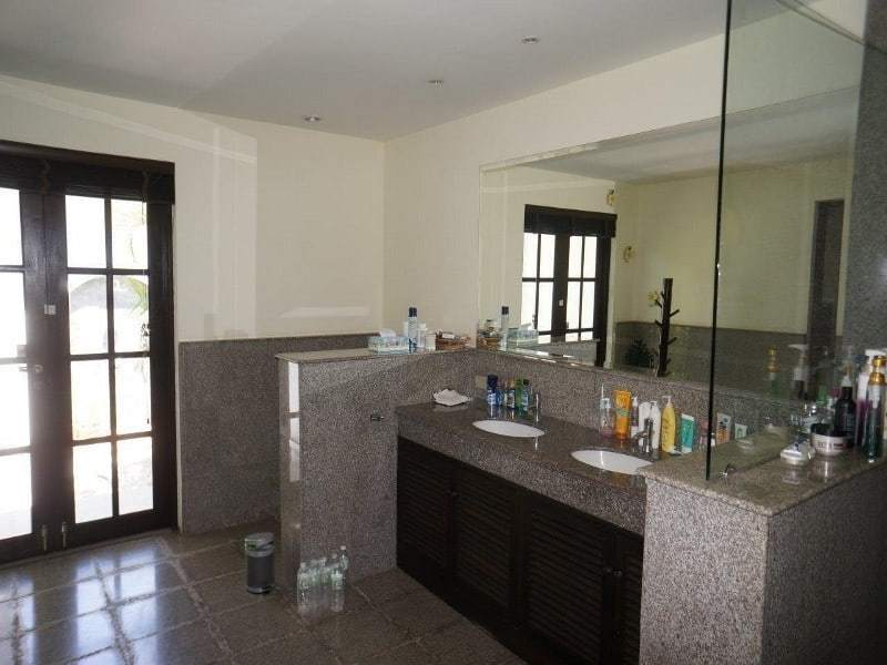 Villa for sale balinese style Hunsa Hua Hin ensuite