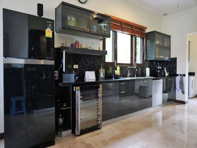 Hua Hin Khao Tao villa for sale fitted kithen