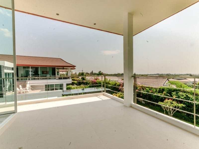 Sea view villa for sale Phu Montra Hua Hin balcony