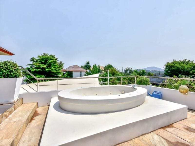 Modern Phu Montra Hua Hin villa for sale jacuzzi
