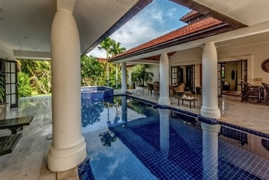 Traditionally designed Hua Hin villa for sale pool terrace