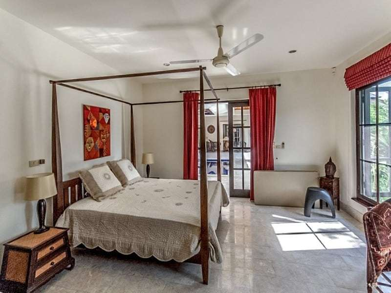 Traditionally designed Hua Hin villa for sale four poster