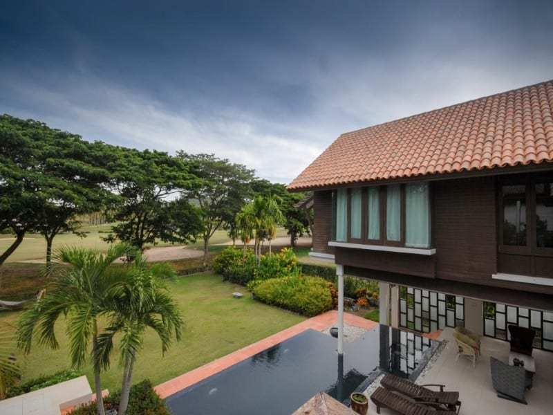 Stunning golf course villa Hua Hin for sale elevated