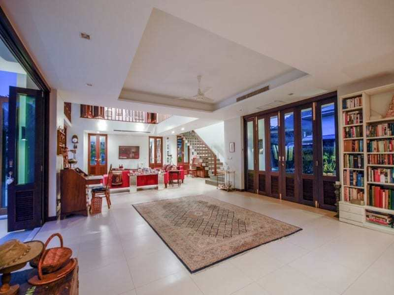Stunning golf course villa Hua Hin for sale dining