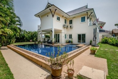 Heights 2 villa for sale Hua Hin Khao Tao rear view