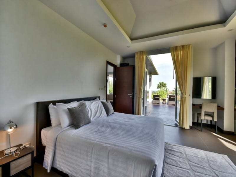 Sea view bungalow for sale Hua Hin master bedroom