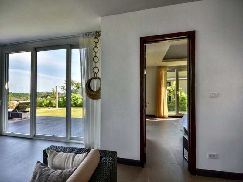 Sea view bungalow for sale Hua Hin hallway