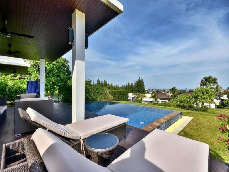 Sea view bungalow for sale Hua Hin garden