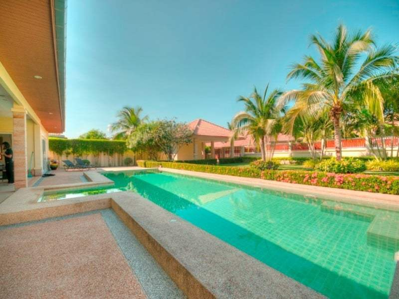 Hua Hin Orchid Palm Homes 3 resale villa palm trees