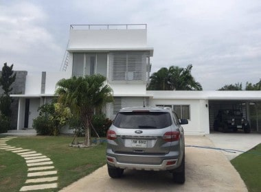 Hua Hin Palm Hills Villa for sale front view