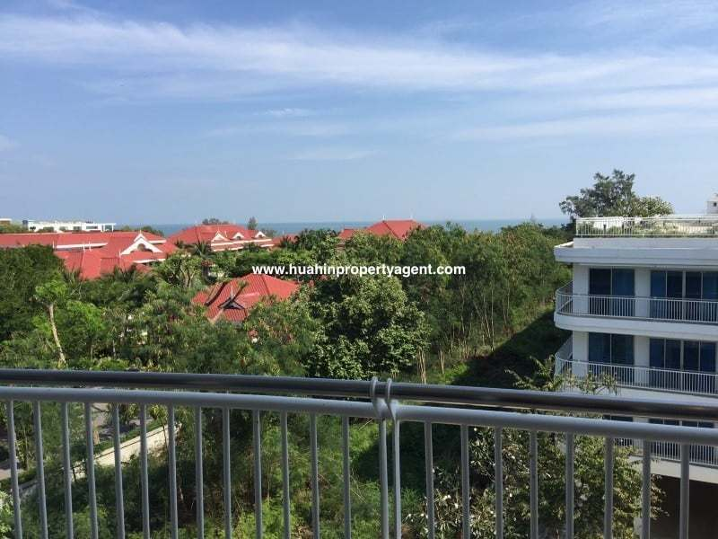 3 bed apartment for sale Hua Hin beachfront city view