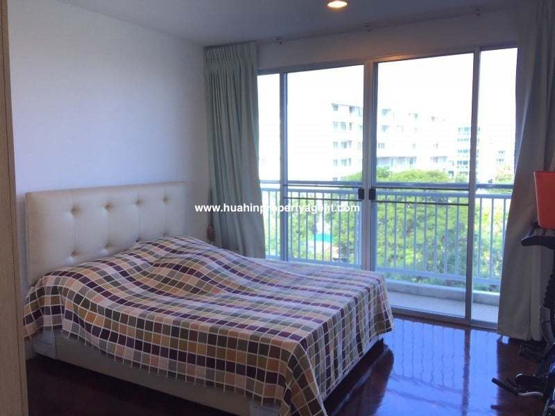 3 bed apartment for sale Hua Hin beachfront bedroom