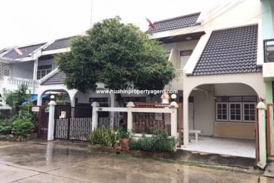 Townhouse fro sale Hua Hin City front