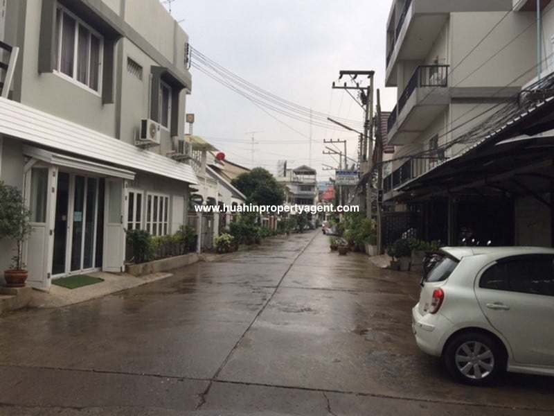 Townhouse fro sale Hua Hin City street