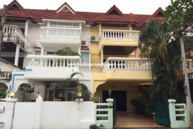 Hua Hin Khao Takiab townhouse for sale front