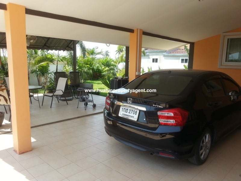 Small house for sale Hua Hin West car port