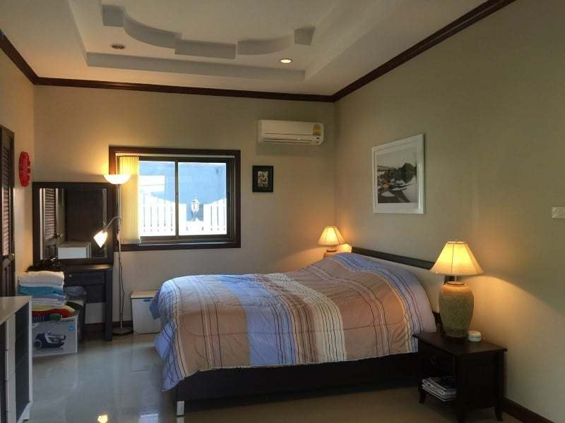 Villa with jacuzzi for sale Hua Hin guest room