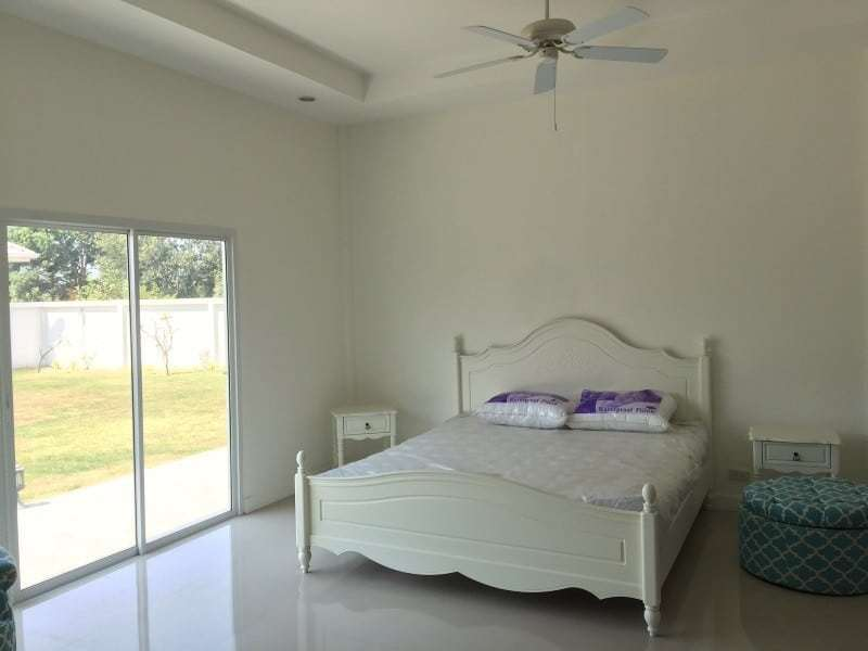 Spacious 4 bed home for sale Hua Hin guest room