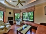Hua Hin bungalow for sale lounge