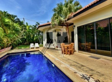 Hua Hin bungalow for sale pool
