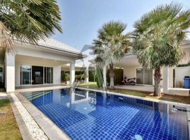 Avenue Gold house for sale Hua Hin Pool