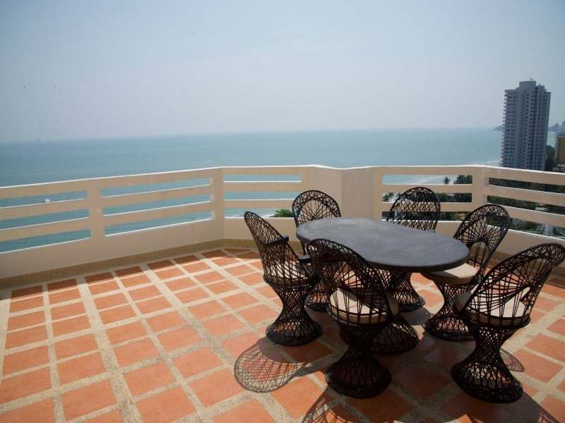 Spacious high floor sea view condo Hua Hin balcony
