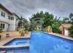 Large Hua Hin property for sale pool