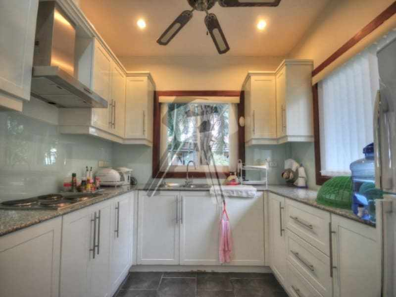 Large Hua Hin property for sale pool kitchen