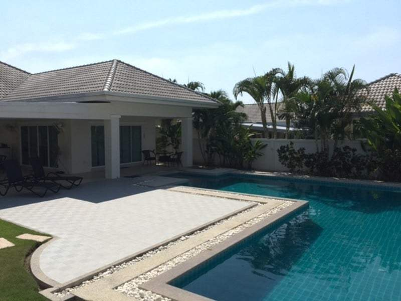 Beautiful villa for sale Hua Hin with pool view