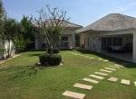 Beautiful villa for sale Hua Hin with pool garden