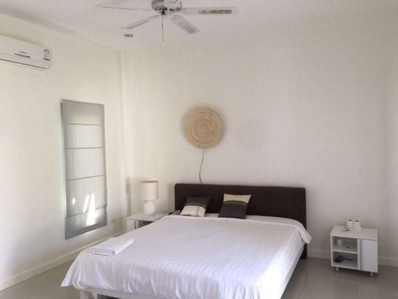Beautiful villa for sale Hua Hin with pool master bedroom