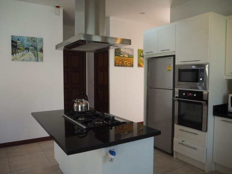 Resale villa Hua Hin Hillside Hamlet fitted kitchen