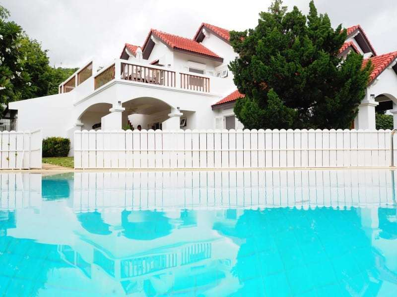 Property for sale Hua Hin on 2 levels huge pool