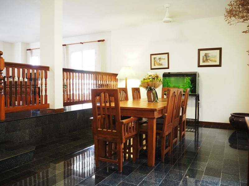 Property for sale Hua Hin on 2 levels dining room