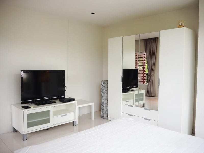 Holiday condo for sale Hua Hin north - living